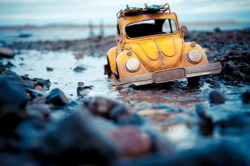 Огромный мир и крошечные машины - №2