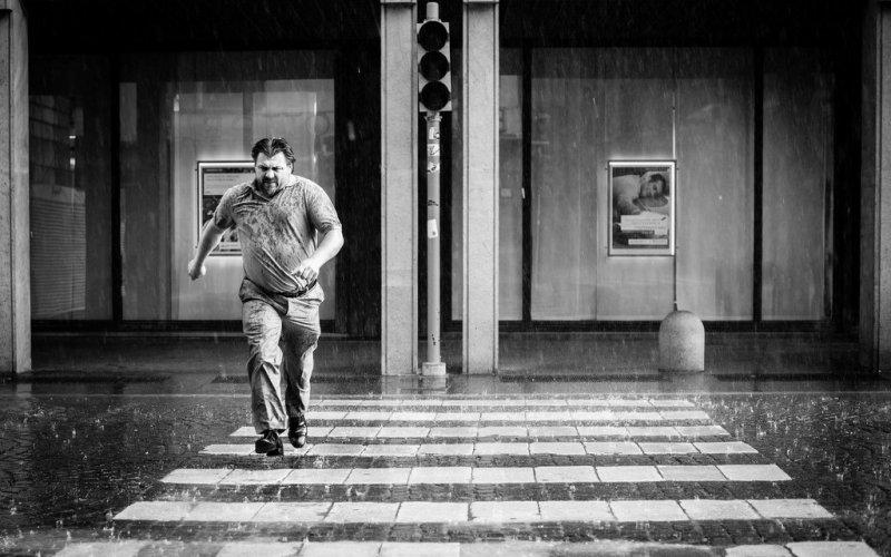 Черно-белая магия уличных портретов Джулио Магнифико - №20