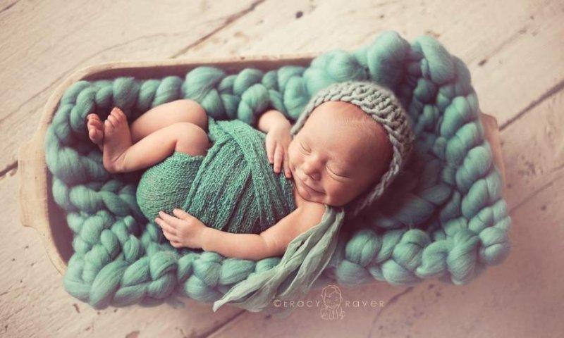 Спящие младенцы в фотографиях Трейси Рейвер - №6