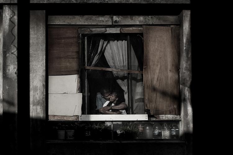 Жизнь в окнах Сан-Паулу - №15