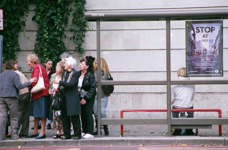 Автобусные остановки фотографа Richard Hooker - №8