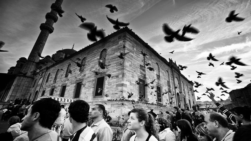 Стамбул в уличных фотографиях Мустафы Дедеоглу - №9