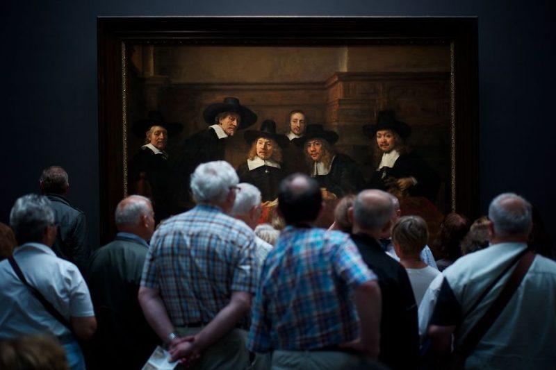 """Второе место в категории """"Люди"""": """"Интересный момент"""", Амстердам, Нидерланды, автор – Юлиус Ю."""