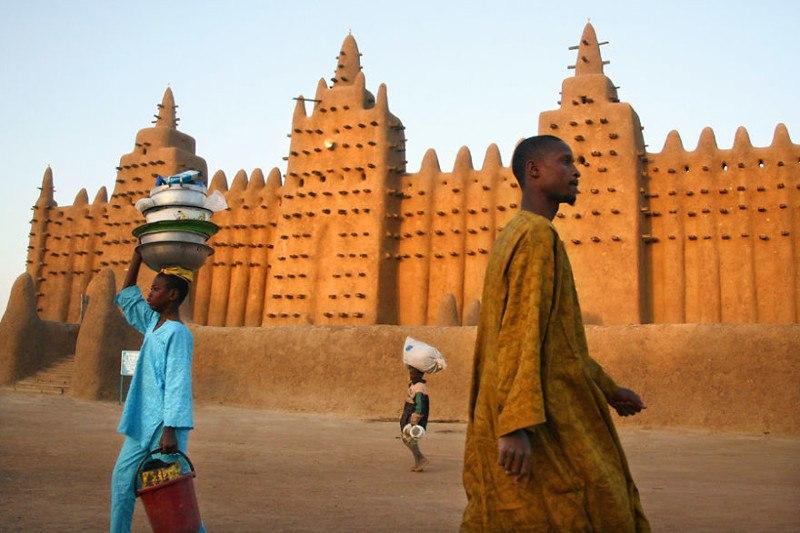 Невероятный город Дженне, Мали