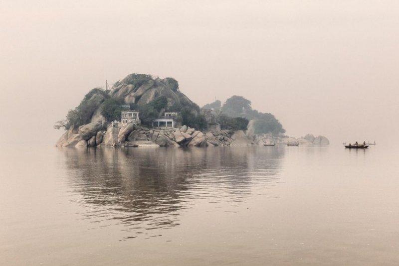 Река Ганг – символ индийской цивилизации, источник поэзии и легенд, находится на грани экологического кризиса. Автор фото: Джулио Ди Штурко, Великобритания
