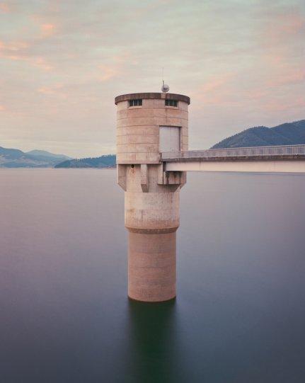 «Впускная башня, водохранилище в Новом Южном Уэльсе, Австралия». Крис Раунд, Австралия