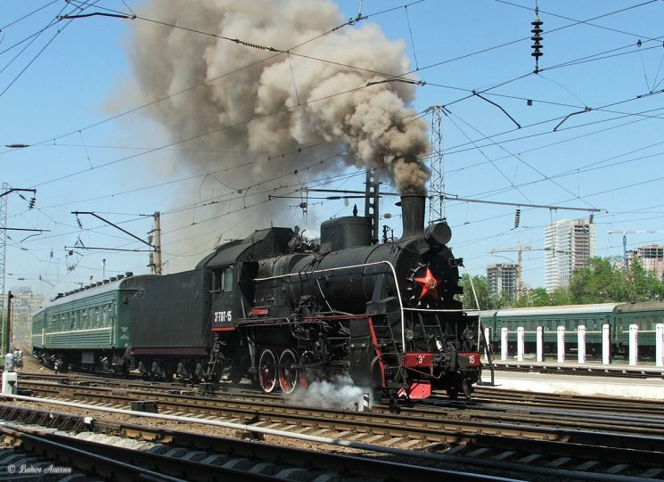 Steam locomotive Er797-15 with retro-train