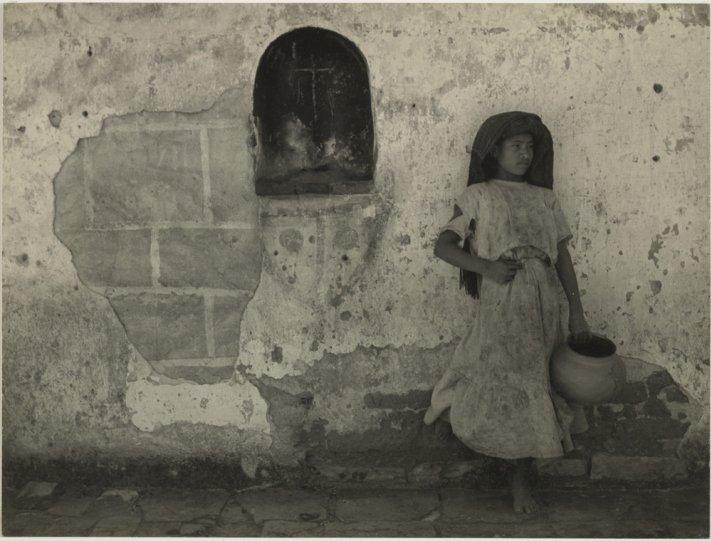 Мексика в фотографиях Мануэля Альвареса Браво - №23