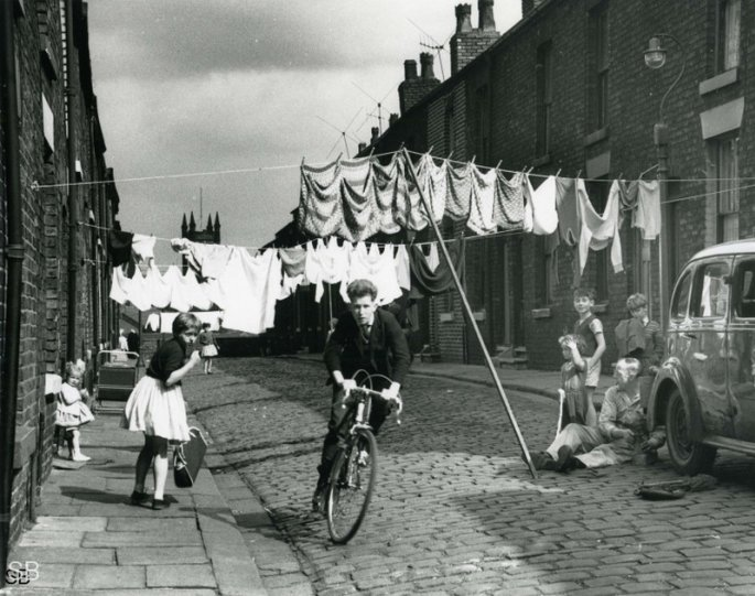 Фотографии Ширли Бейкер 1960-х годов - №21