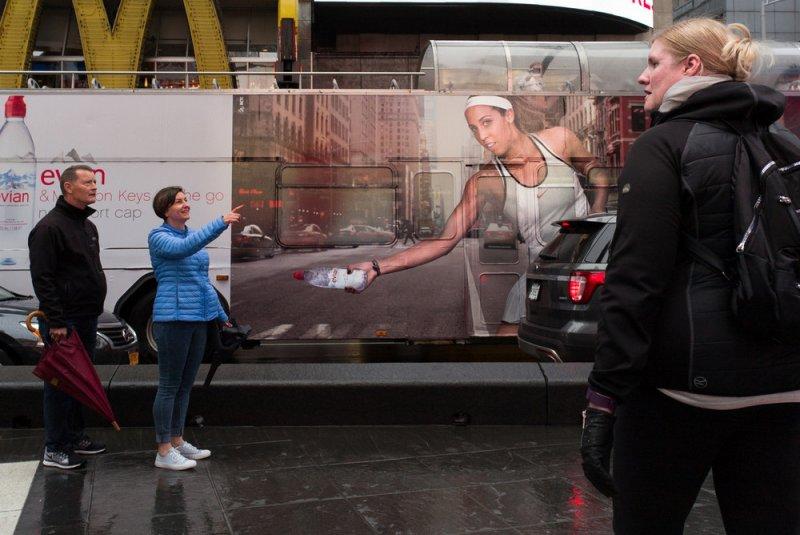 «Совпадения» – уличный фотопроект Джонатана Хигби - №19