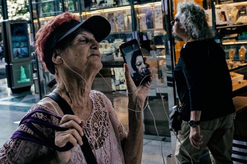 Уличный фотограф Ронен Берка - №1