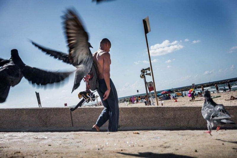 Уличный фотограф Ронен Берка - №17