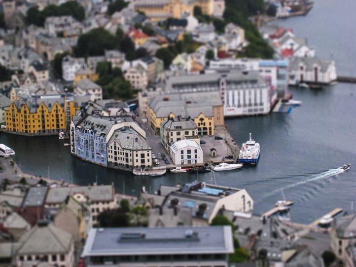 Фото: Dimitri Varoudakis (Олесунн, Норвегия)