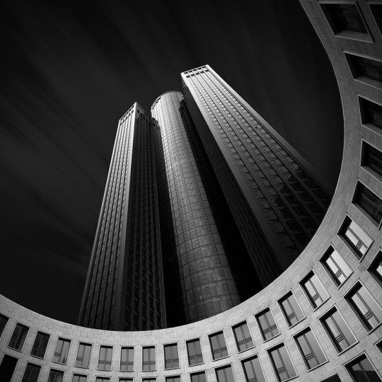 Архитектура Дубая и Шанхая в фотографиях Йенса Ферстерра - №12