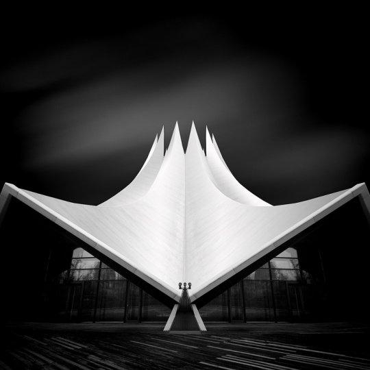 Архитектура Дубая и Шанхая в фотографиях Йенса Ферстерра - №13