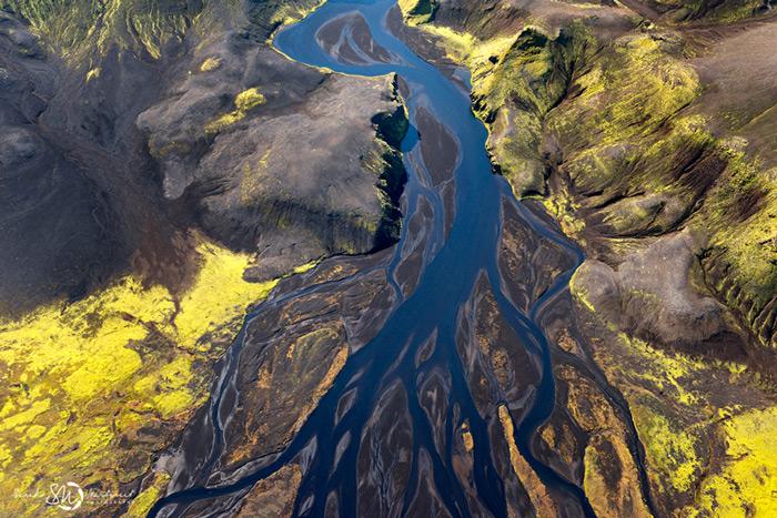 Пейзажи Исландии в аэрофотографиях Сары Мартинет - №8