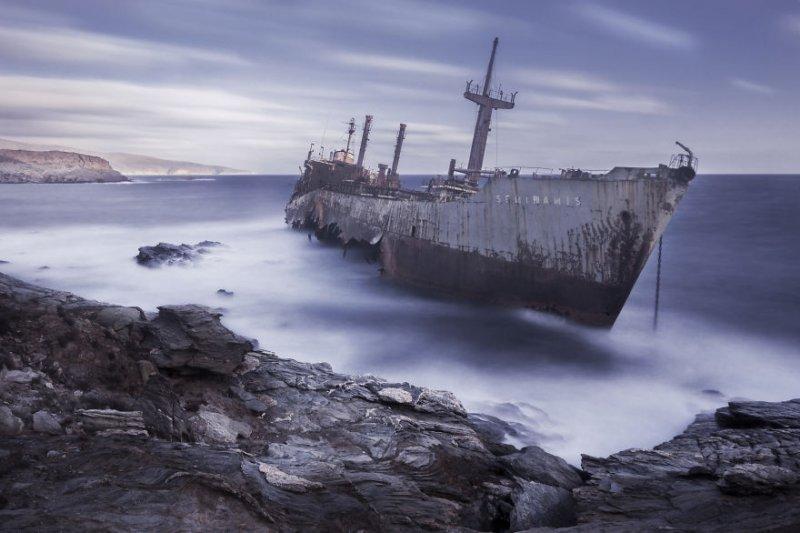 Корабль «Семирамида», остров Андрос, Греция. Фото: Кристос