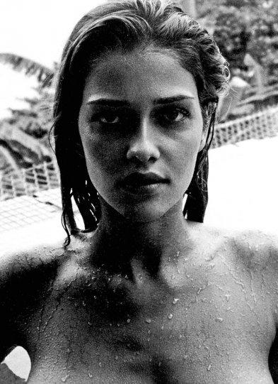 Красота знаменитых киноактрис в фотографиях Марио Тестино - №13