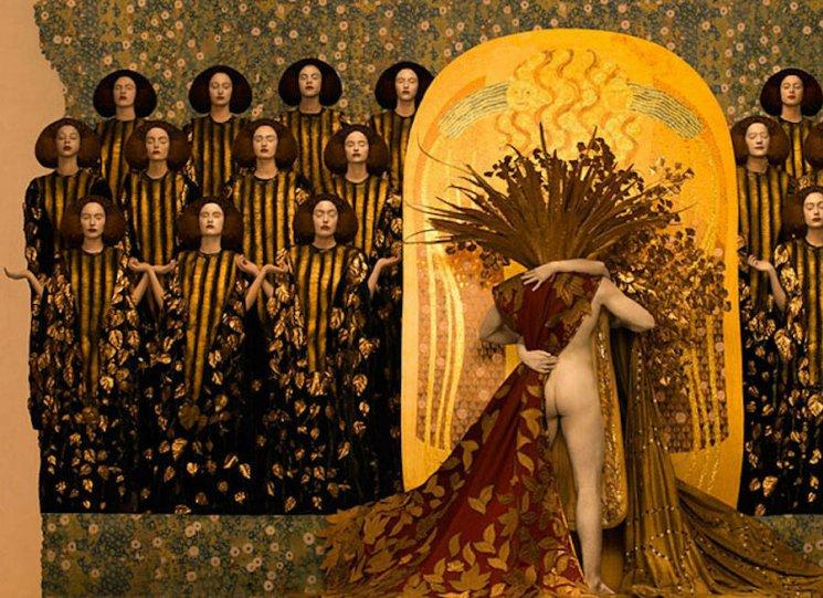 Модели воссоздают картины Гюстава Климта - №6
