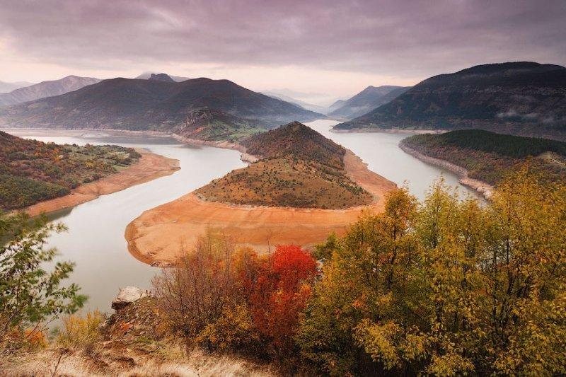 Автор: Евгений Динев. Болгария