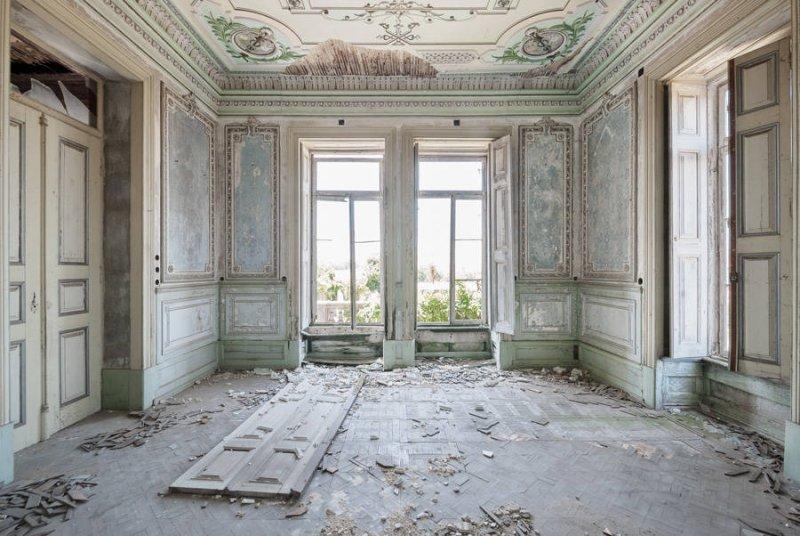 Заброшенные дворцы Европы - №9