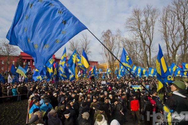 Новости в фотографиях - Украина. ЕвроМайдан 2013 - №4