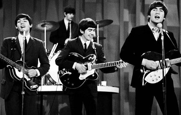 Новости в фотографиях - подборка в память о Джоне Ленноне - №4