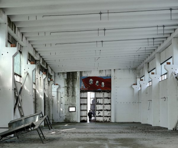 Граница между документальным и художественным фото. Tamas Dezso - №4