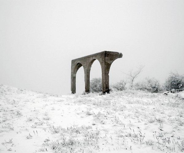 Граница между документальным и художественным фото. Tamas Dezso - №20