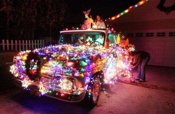 Лучшие фото праздничных нарядных улиц со всего мира - №21