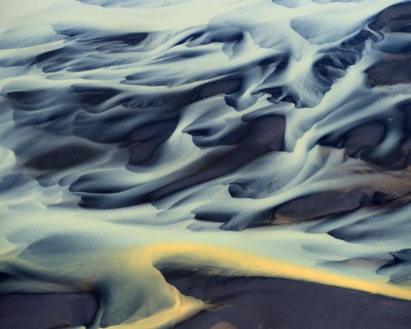 Воздушные красивые фото вулканических рек Исландии - №4