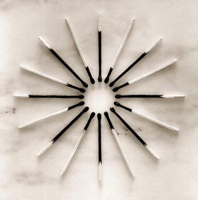 Чема Мадоза. Жанр сюрреализма в черно-белых фото - №1