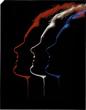 рвин Блюменфельд. Три профиля. Вариант фотографии, опубликованной в Photograph Annual к статье «Цвет и свет». 1952. Коллекция Генри Блюменфельда. © The Estate of Erwin Blumenfeld