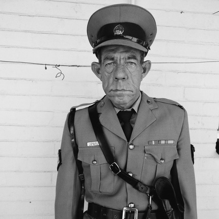 Роджер Баллен. Сержант Де Брюн, тюремное ведомство. 1992