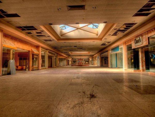 Заброшенные здания - бывшие мегамоллы США - №3