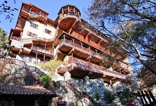 Отель в горах Тродос