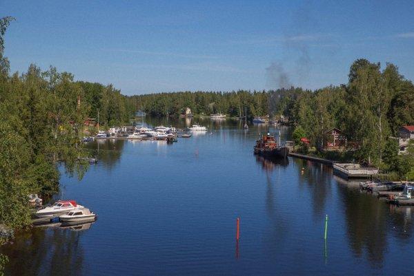 красивое озеро фото