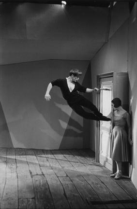 Марк Рибу. Жан Бабиле. Париж, 1953. © Marc Riboud